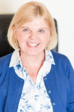Martha  Showman